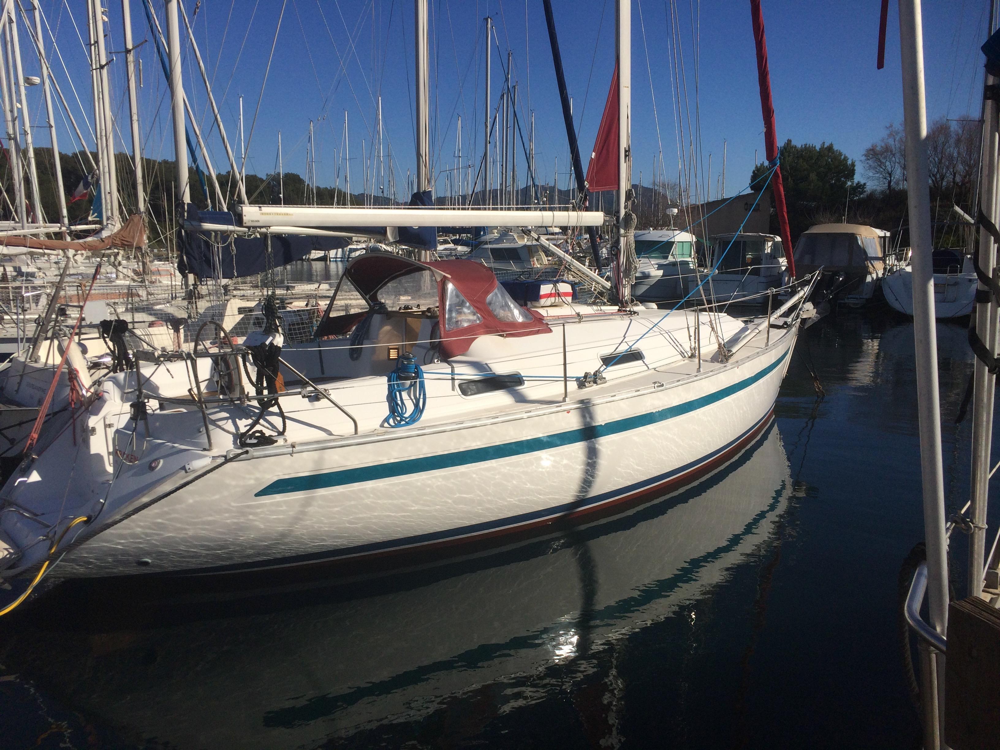 location-voilier-Bavaria-skipper-croisiere-balade-en-mer-bateau